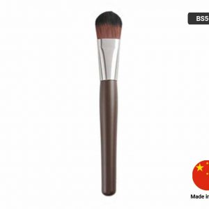 SIGNATURE FOUNDATION BRUSH